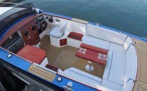 la mala yacht charter