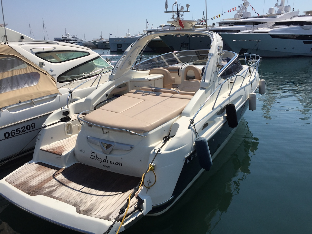 yacht charter cranchi 41 easy boat booking monaco